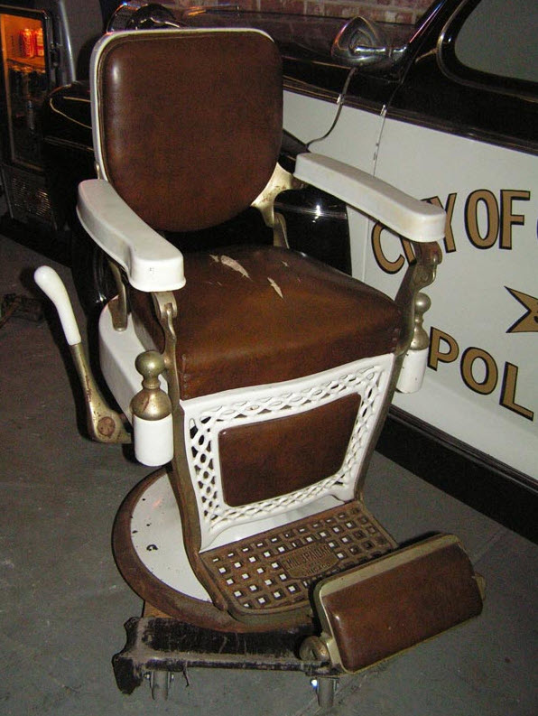 1940 Paidar Barber Chair Before Restoration