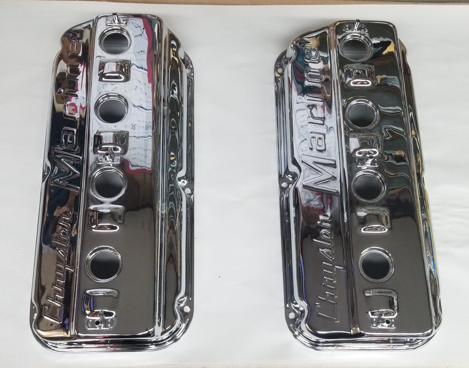 Valve covers for a Chrysler Hemi Marine Craft